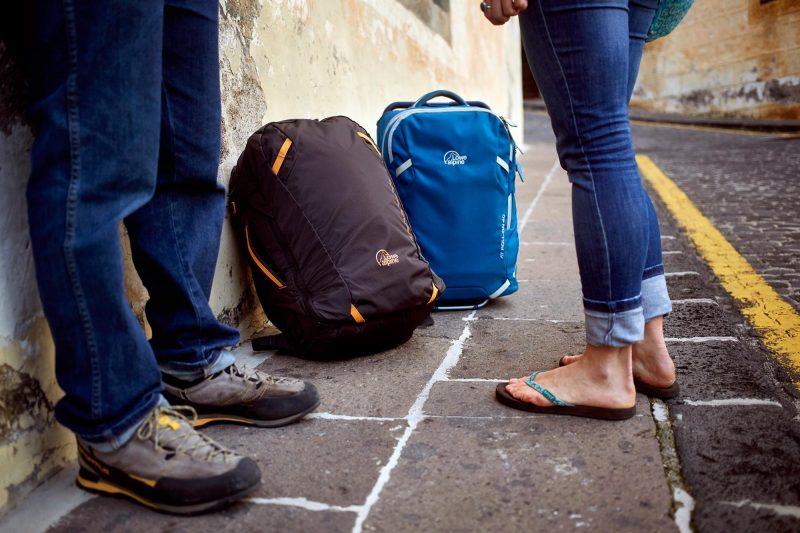 Do světa jen palubním zavazadlem? Rozhodně, ušetříte