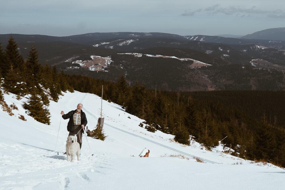 Táta mě učil, že na horách se zdraví. Tak proč už se nezdraví?